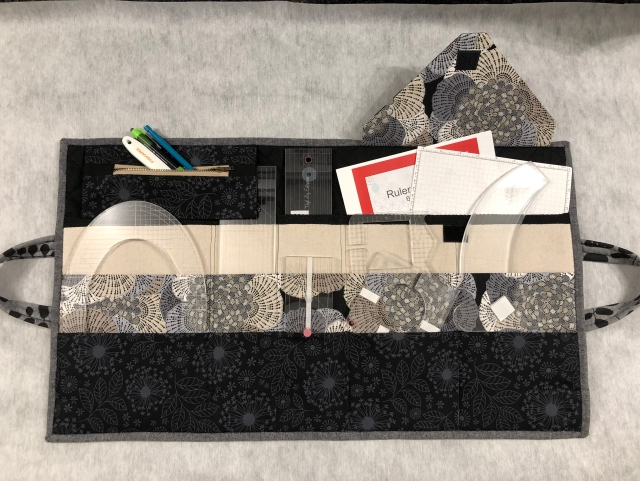 Quilting Ruler Hand Bag